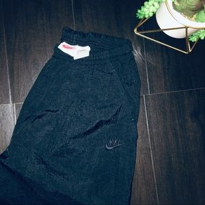 VINTAGE NIKE Black Nylon Sweat Pants